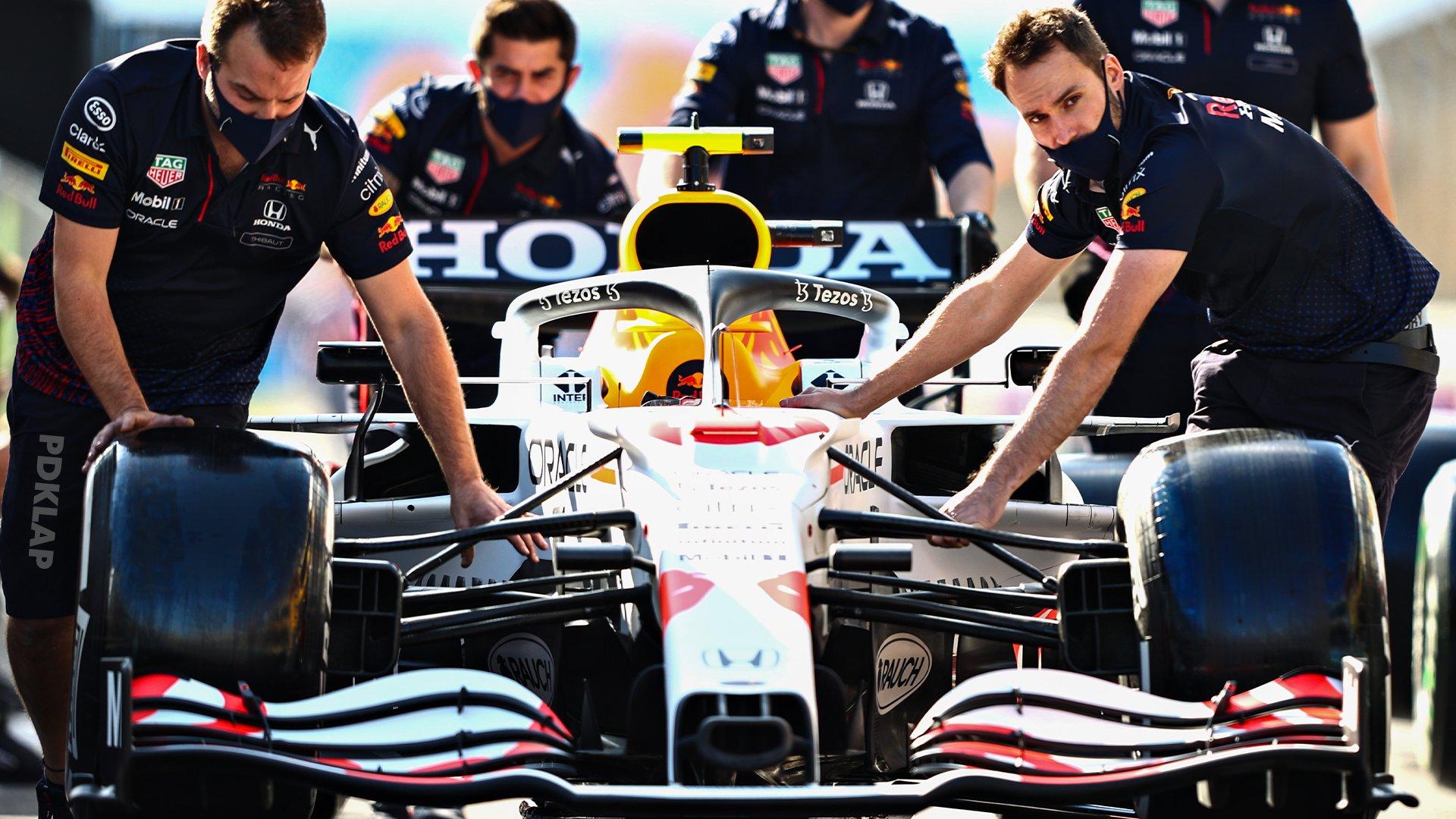 F1 RedBull y la hermosa decoración en tributo a Honda ¡De locos!