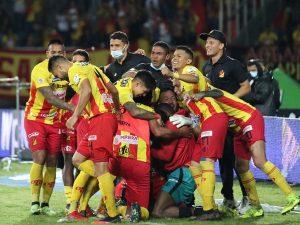 Apuéstale al partido entre Pereira vs Bucaramanga por la Liga BetPlay