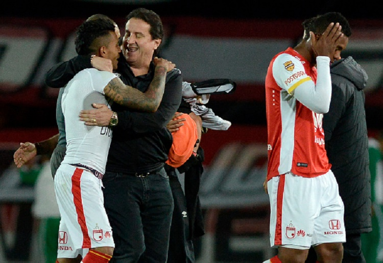 BOGOTA, COLOMBIA - SEPTEMBER 29:  Cesar Pastrana President of Independiente Santa Fe and Wilson Morelo of Independiente Santa Fe celebrate qualifying to the next round after winning a second leg match between Santa Fe and Emelec as part of round of 16 of Copa Sudamericana 2015 at Nemesio Camacho El Campin Stadium on September 29, 2015 in Bogota, Colombia. (Photo by Gabriel Aponte/Vizzor/LatinContent/Getty Images)