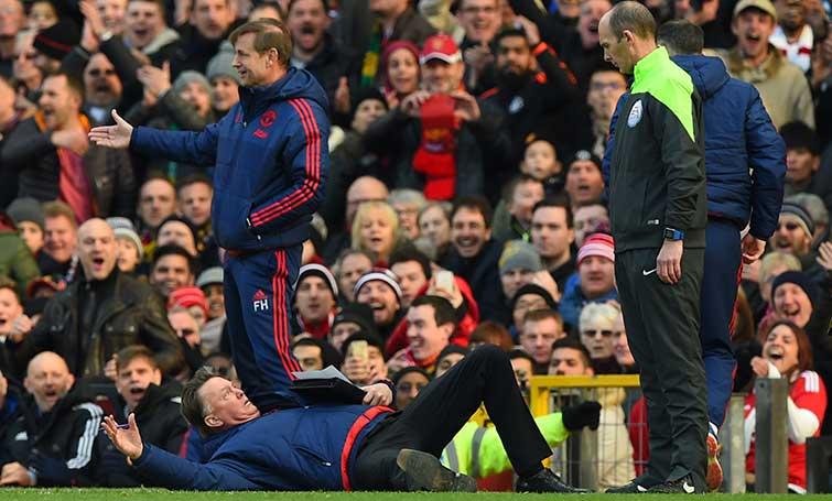 El United aleja al Arsenal de la lucha por el campeonato