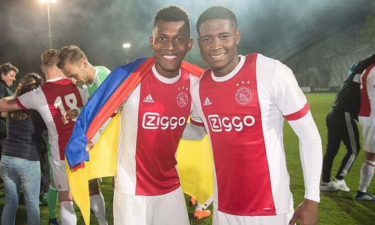 Mateo Casierra Luis Orejuela colombianos Ajax