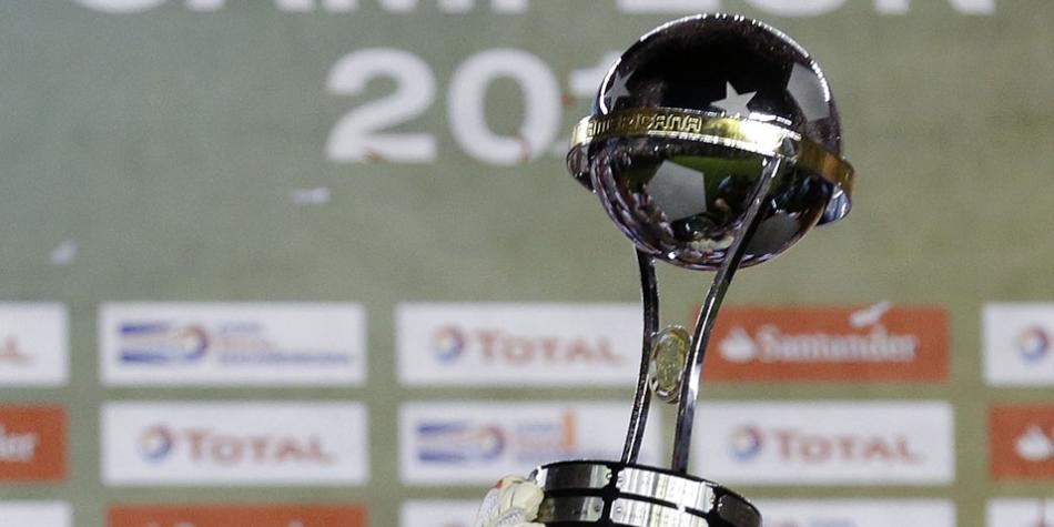 Fútbol: Directv Sports adquirió los derechos