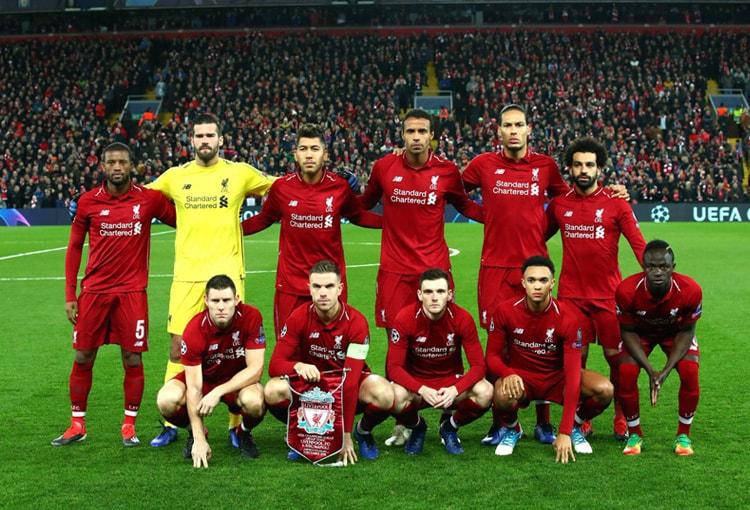 Virgil van Dijk Liverpool - Nápoli Champions League 2018-19