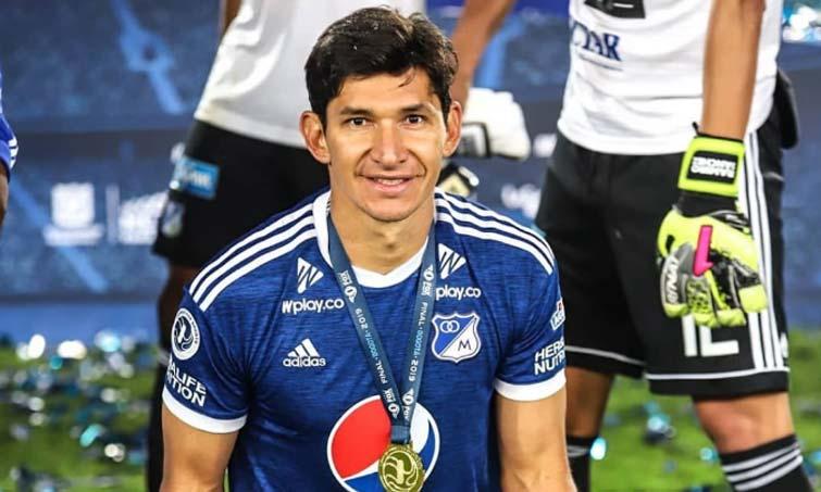 Roberto Ovelar Millonarios