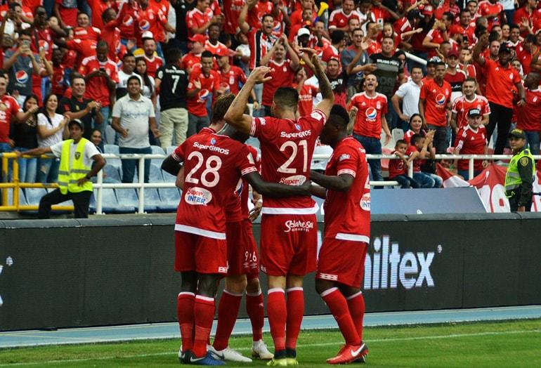 América enfrenta a Deportivo Cali en una edición más del clásico vallecaucano