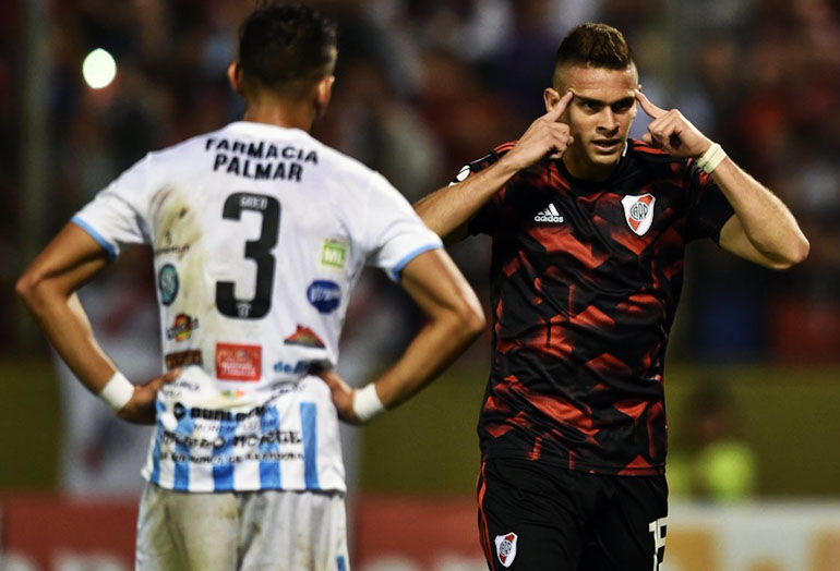 Rafael Santos Borré River Plate Copa Argentina 2018–19