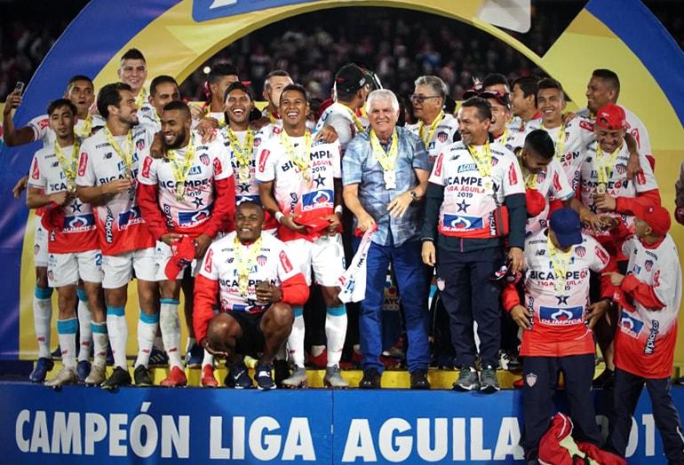 Enrique Serje Junior FC bicampeón Liga Águila