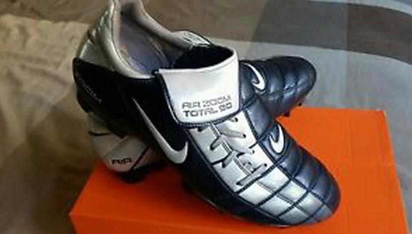 Botas de fútbol de Adam Jackson