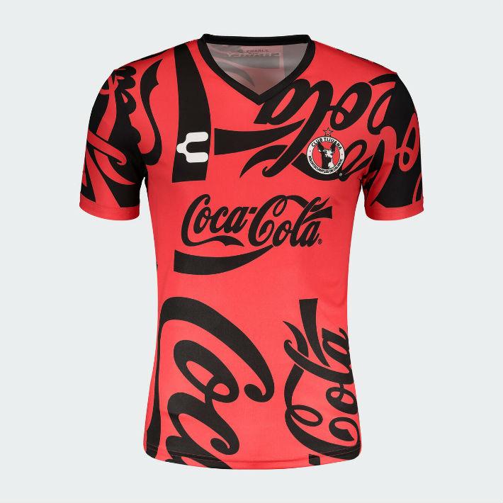 Camisetas especiales con el logo de Coca-Cola para tres clubes mexicanos 4