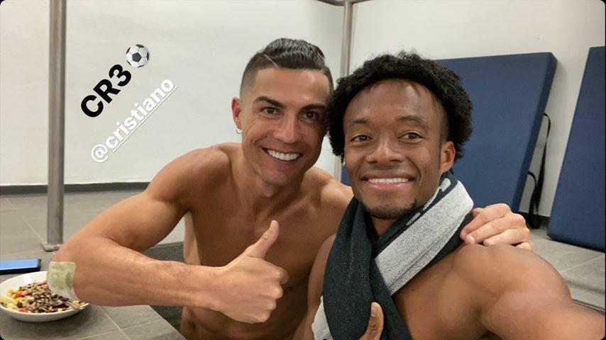¡Par de cracs! La foto de Cristiano y Cuadrado tras el 4 – 0 a Cagliari 1