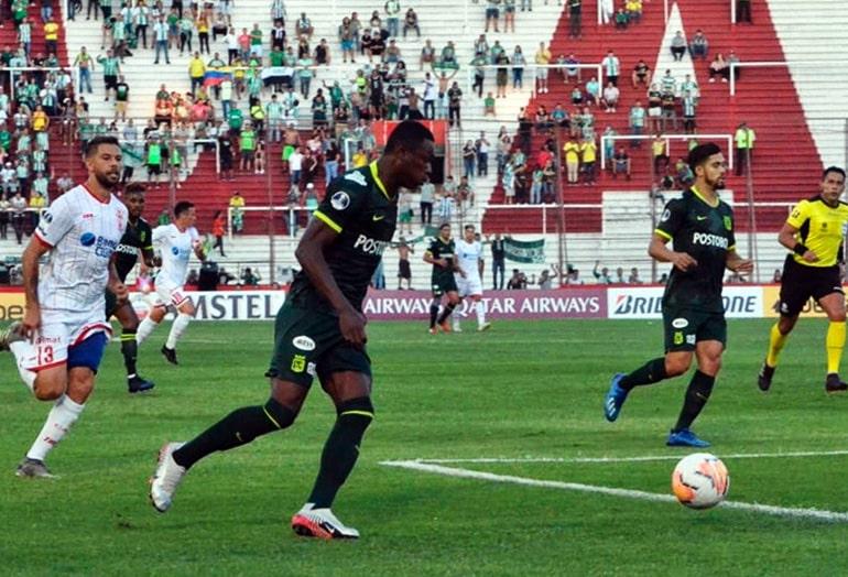Club Atlético Huracán 1 - 1 Atlético Nacional, Copa Sudamericana 2020, afición