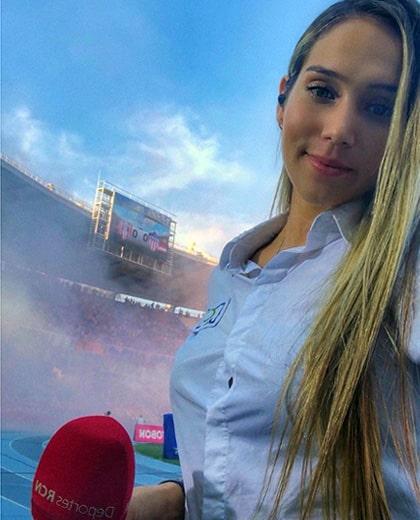 Lizzy Cardona (7)