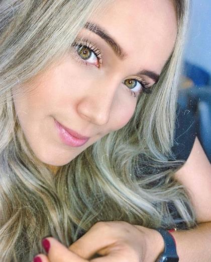 Lizzy Cardona (8)