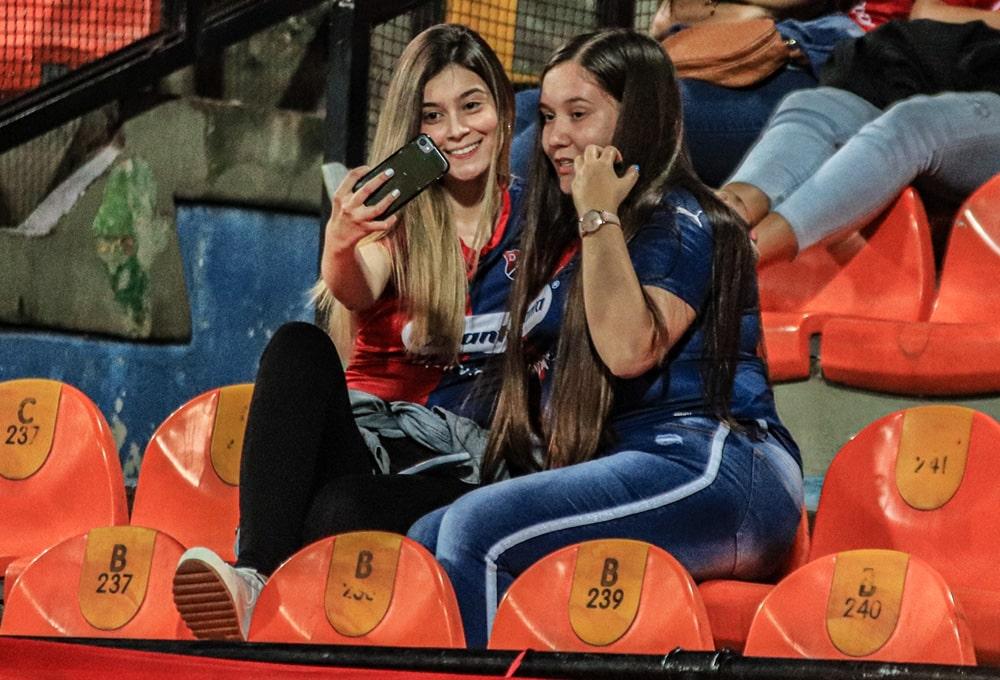 DIM 1 - 2 Club Libertad, Copa Libertadores 2020, afición
