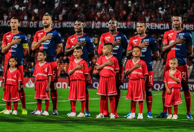 Larry Angulo, Medellín 1 - 2 Libertad, Copa Libertadores 2020 (1)