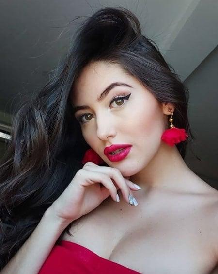 Valentina Ávila (22)