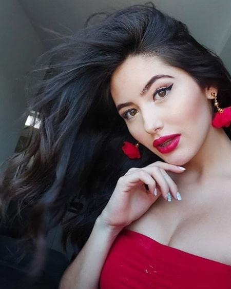 Valentina Ávila (23)