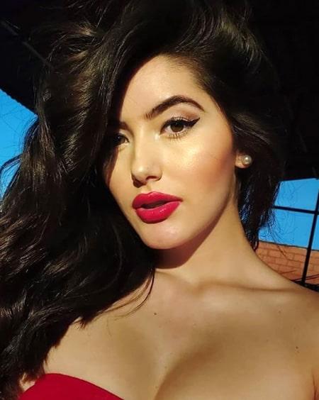 Valentina Ávila (24)
