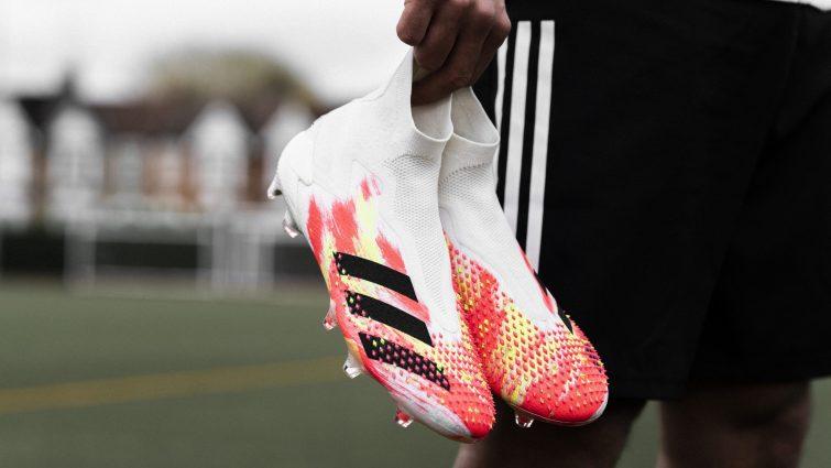 Arte y fútbol en los nuevos guayos de adidas UNIFORIA 1