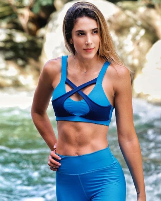 Daniela Ospina, Danfive (1)