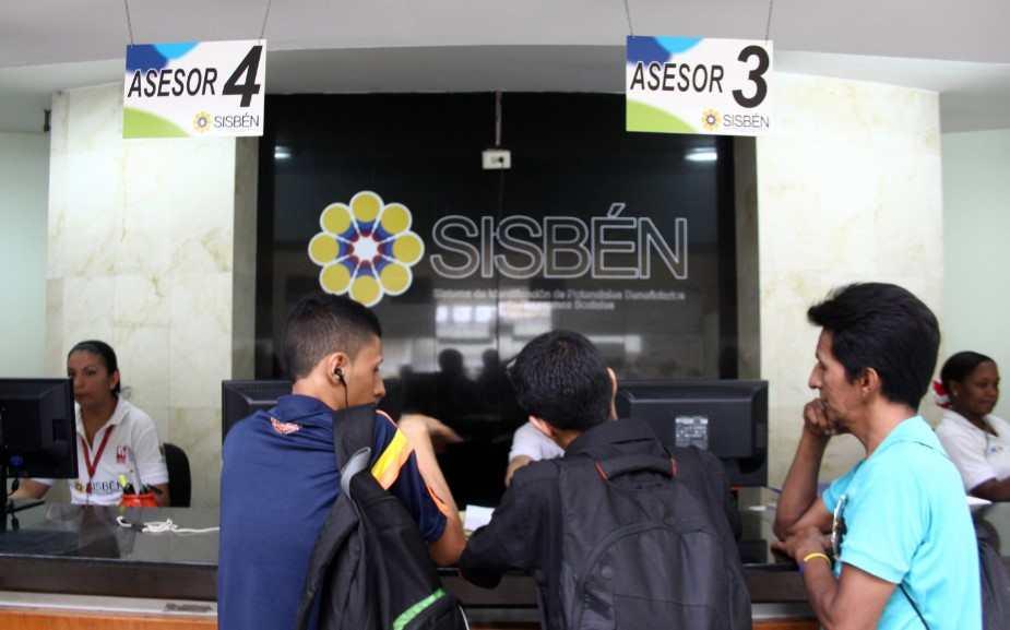 Cuál es la relación que tiene el Ingreso Solidario con el SISBÉN