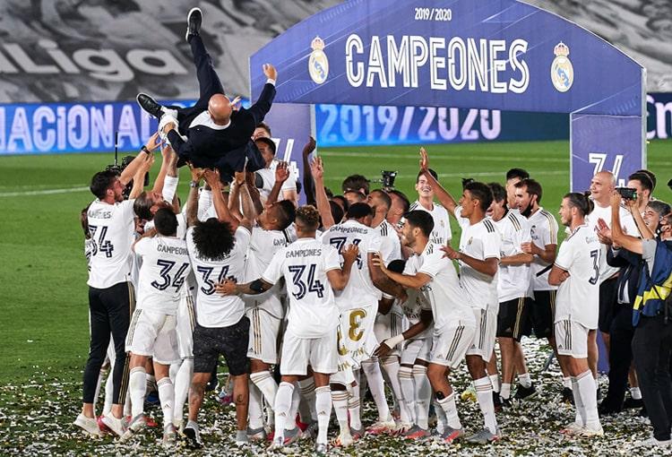 James Rodríguez, Zinedine Zidane, Real Madrid, campeón, LaLiga 2019-20 (1)
