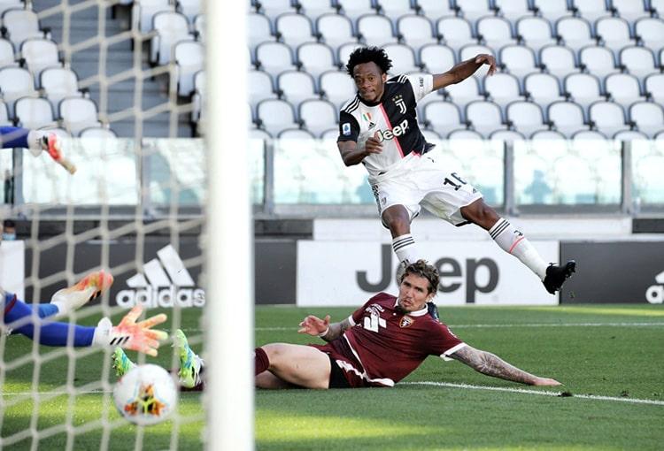 Juan Guillermo Cuadrado, golazo, Juventus - Torino, Serie A 2019-20