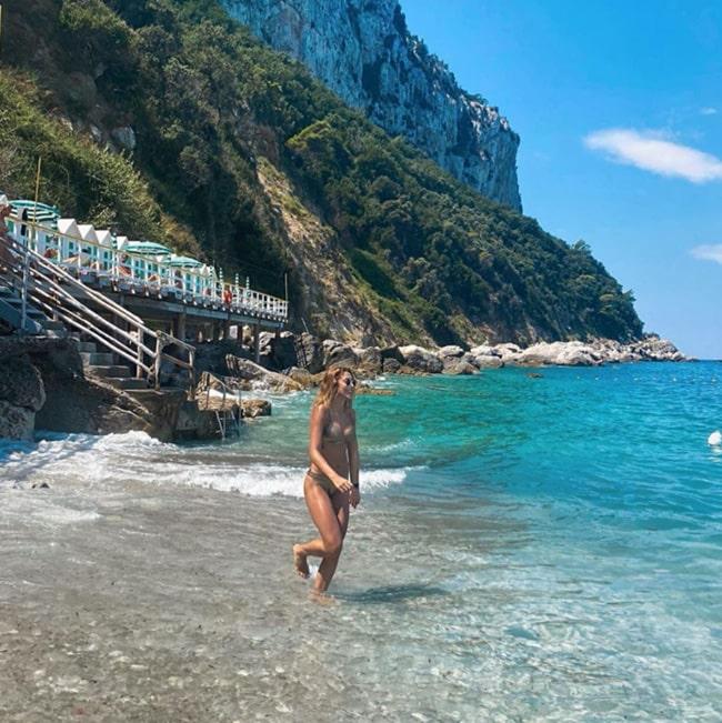 Daniela Ospina, candentes fotos, Italia (2)