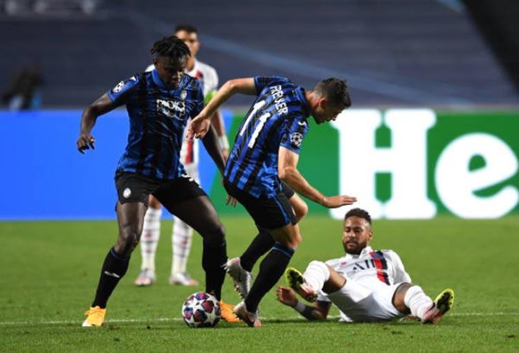 Duvan Zapata Atalanta PSG Champions League