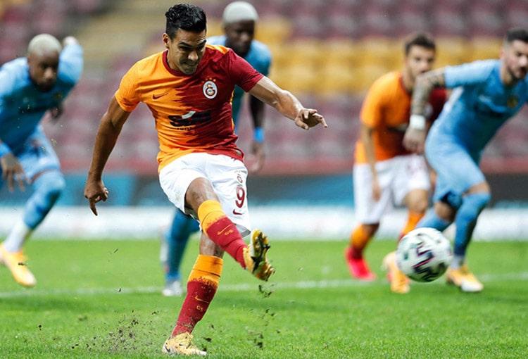 Falcao García, Galatasaray SK 3- Gazişehir Gaziantep, Superliga de Turquía 2020-21 (1)