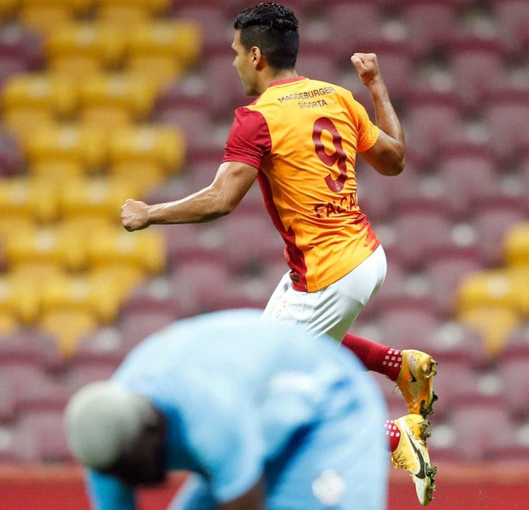 Falcao García, Galatasaray SK 3- Gazişehir Gaziantep, Superliga de Turquía 2020-21 (2)