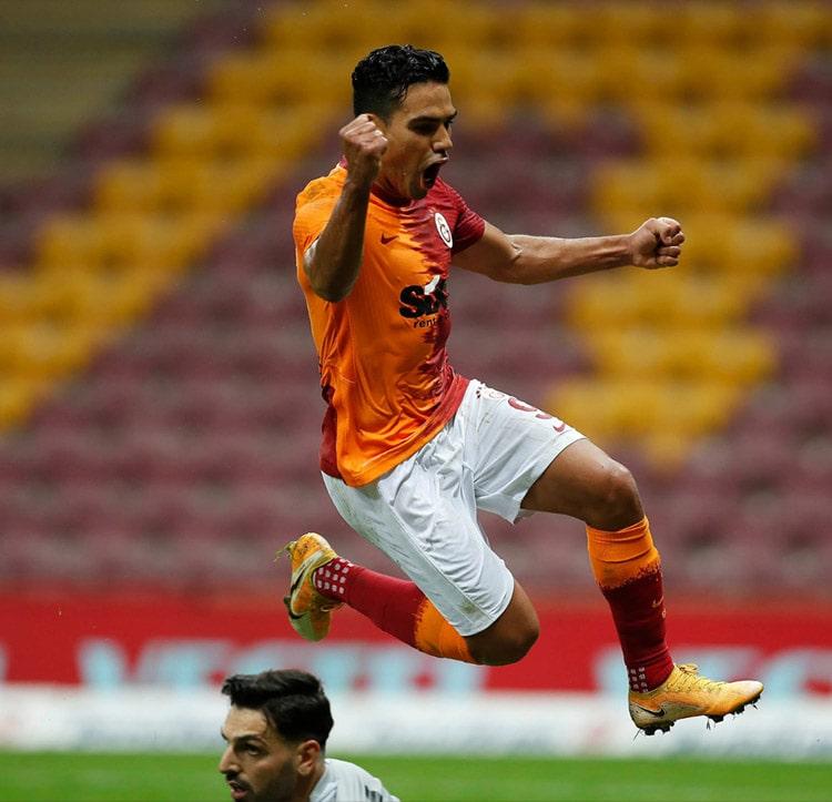 Falcao García, Galatasaray SK 3- Gazişehir Gaziantep, Superliga de Turquía 2020-21 (3)