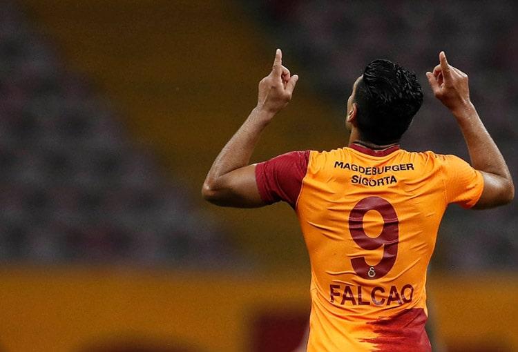 Falcao García, Galatasaray SK 3- Gazişehir Gaziantep, Superliga de Turquía 2020-21 (4)