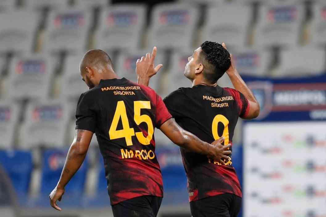 Falcao está imparable: Gol en Istanbul vs Galatasaray