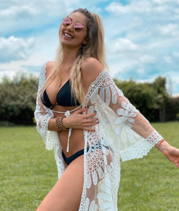 Melina Ramírez, bikini (3)