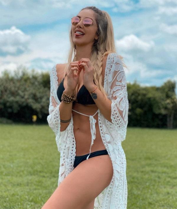 Melina Ramírez, bikini (4)