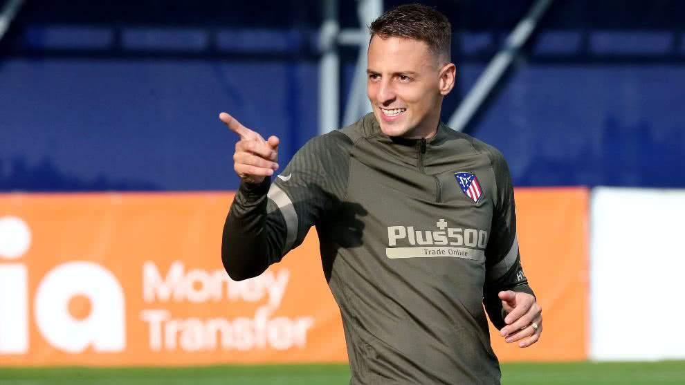 ¿Por qué Santiago Arias dejaría el Atlético de Madrid?