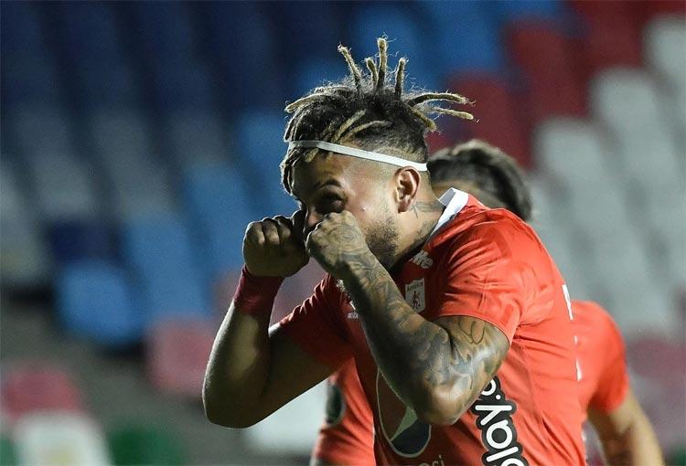 Duván Vergara se destaca en la tabla de goleadores de la Copa Libertadores