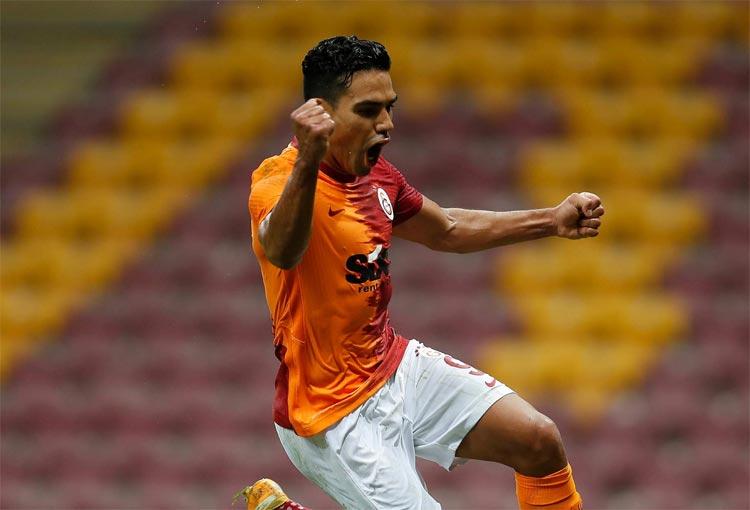 Falcao García va por un récord histórico en la Europa League