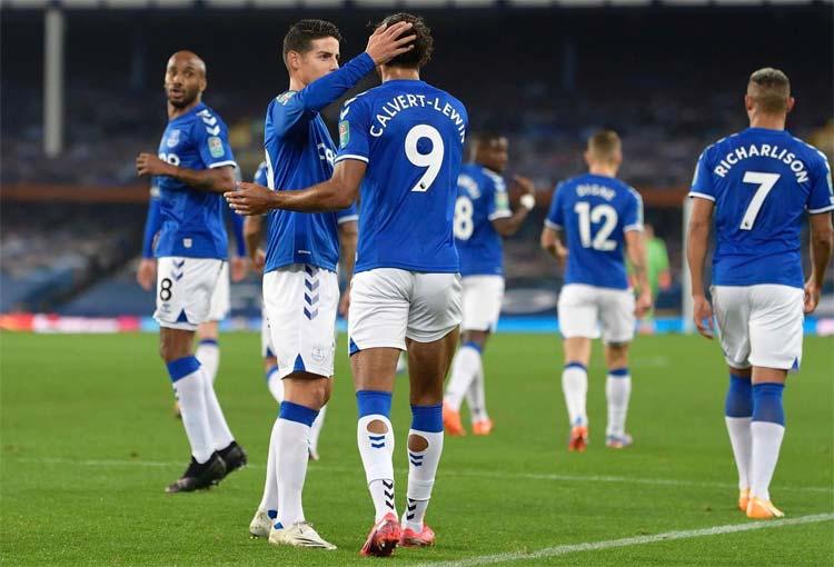 James Rodríguez y su alta calificación en partido del Everton