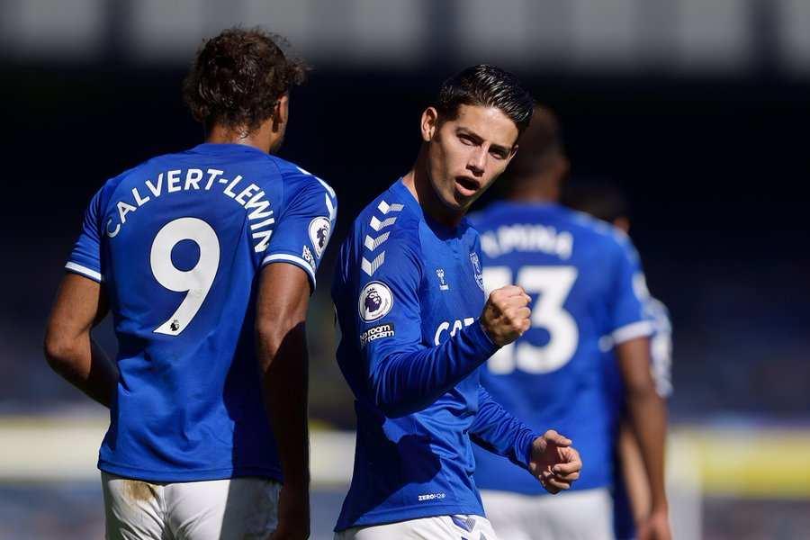 James Rodríguez anota su primer gol en la Premier League