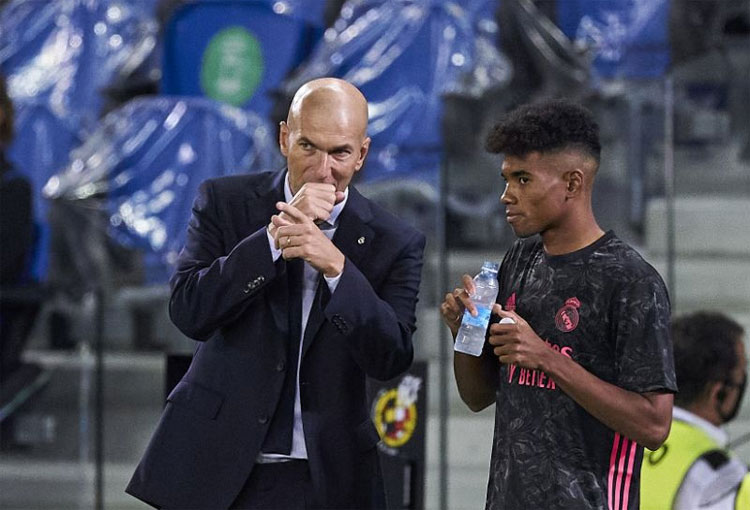 Real Madrid le negó 3 fichajes a Zidane por crisis del COVID-19