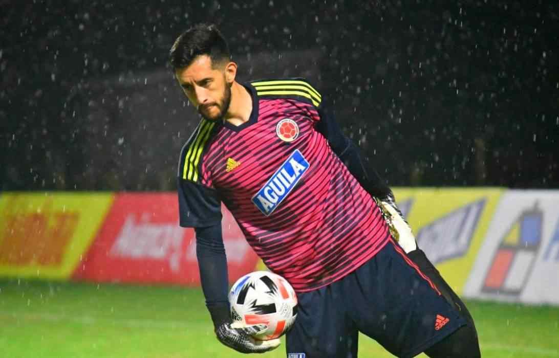 Camilo Vargas debuta en Eliminatorias