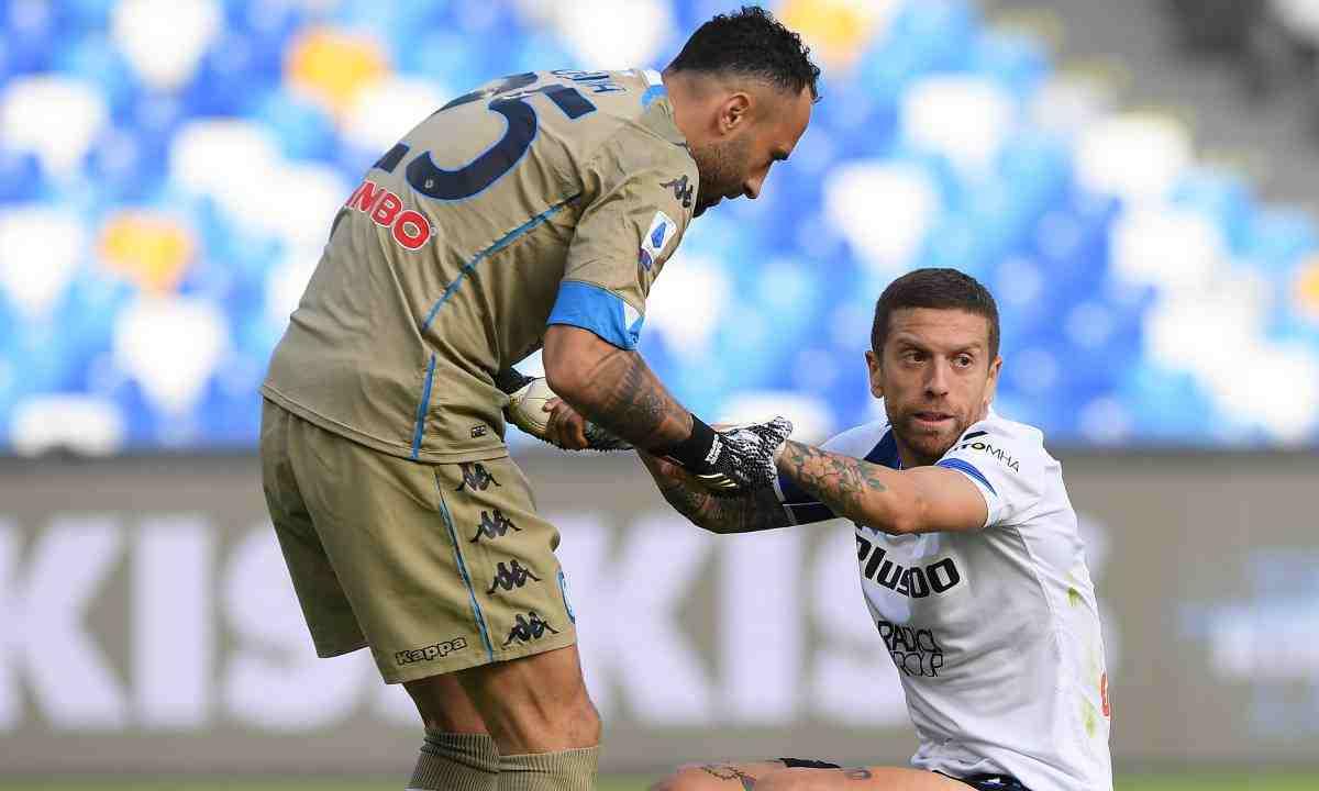 Napoli de David Ospina goleó al Atalanta con Zapata y Mojica