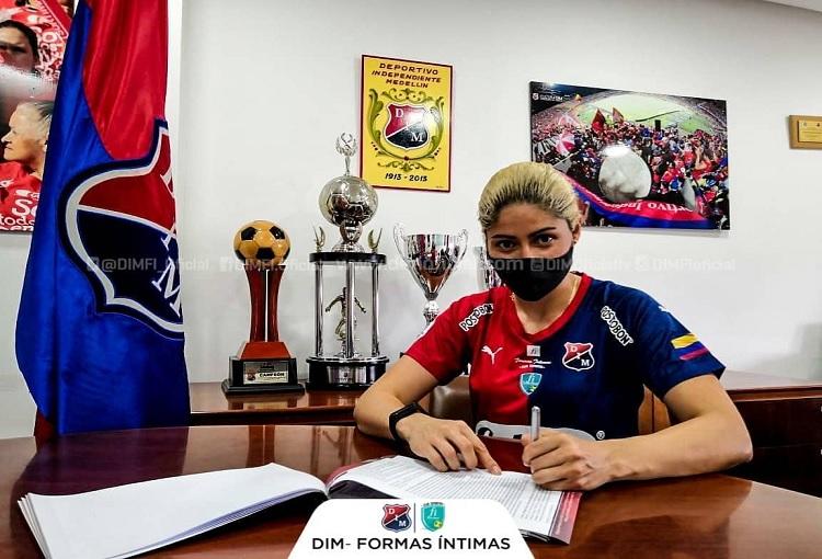 Sandra Sepúlveda, DIM Formas Íntimas, Liga Femenina