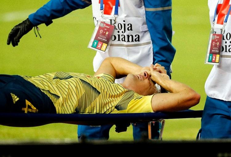 Santiago Arias, Selección Colombia, Venezuela, Eliminatorias a Qatar 2022, lesión