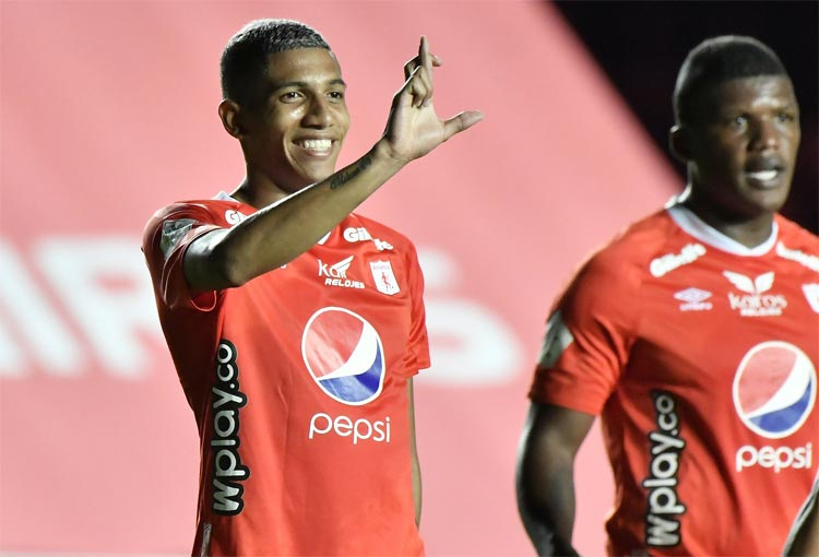 Luis Francisco Sánchez anota su tercer gol con América de Cali