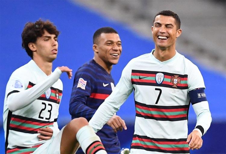 Kylian Mbappé le recordó a Cristiano Ronaldo que es su ídolo