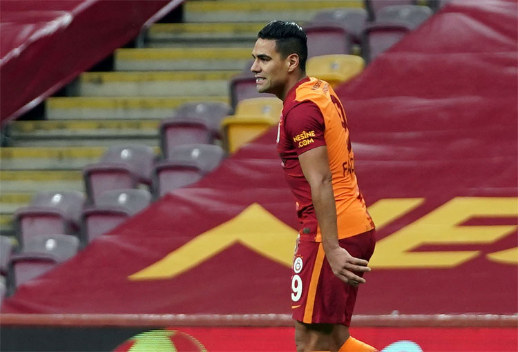 ¡Y Falcao García? Novedad en el Galatasaray