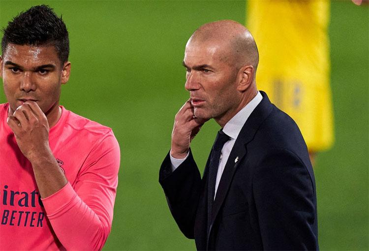 Zinedine Zidane se descuadernó en la derrota de Real Madrid ante Cádiz